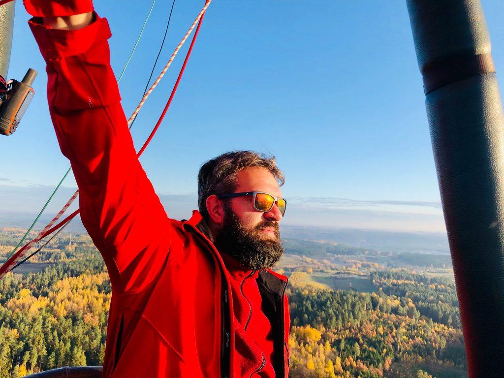 Oro baliono pilotas Tomas Olevsonas