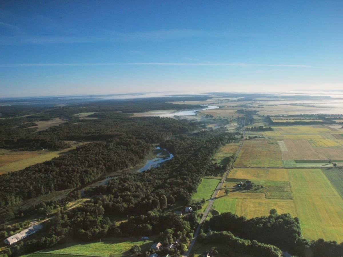 Šventosios upė iš oro baliono netoli Palangos